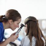 Можно ли капать борный спирт в ухо ребенку при температуре